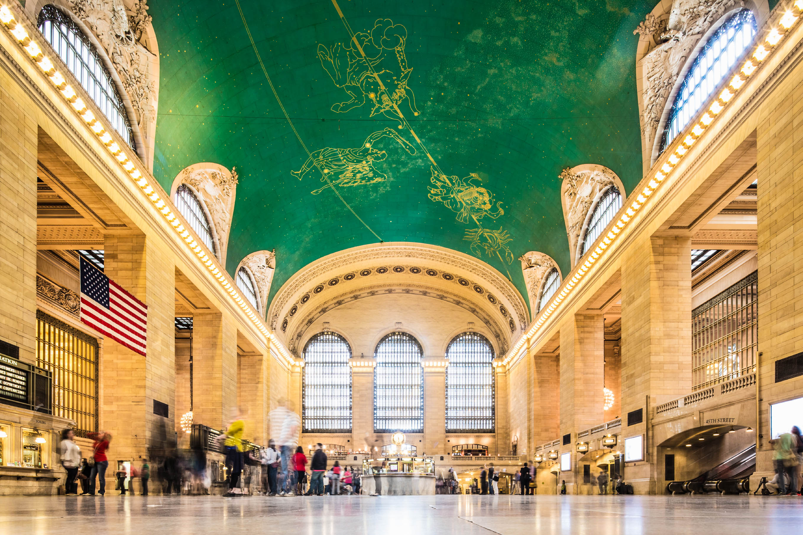 grand-central-station-new-york-istock_000020368660_large-2