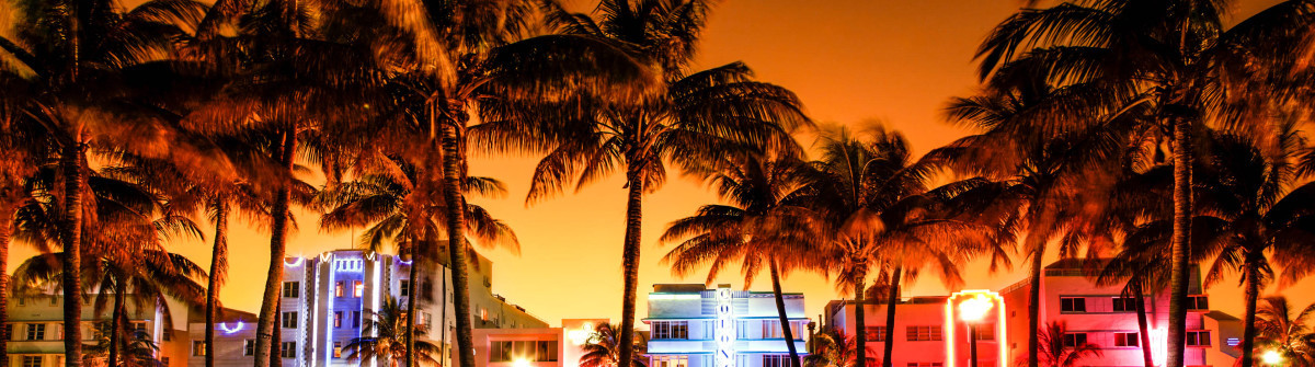 nighttime-view-of-ocean-drive-south-beach-miami-beach-florida-istock_000044510806_large-2-1200×335