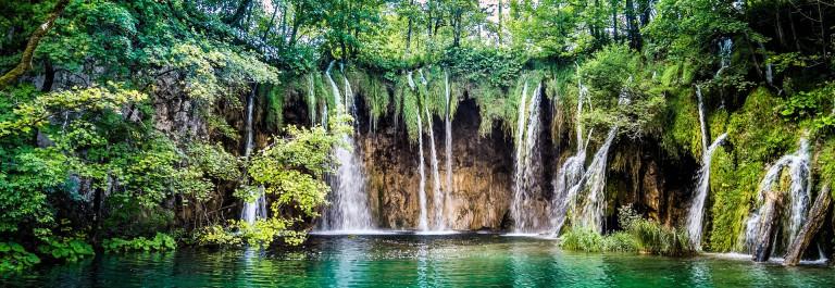 wasserfaelle-im-nationalpark-plitvicer-seen-kroatien-istock_000076714129_large-2