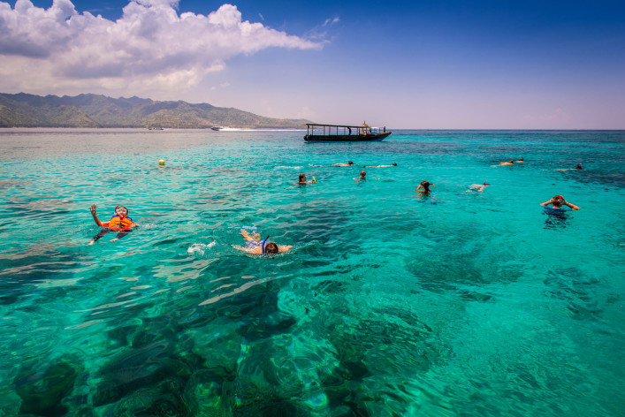 exploring-gili-islands-indonesia-shutterstock_171385097-2-707×472