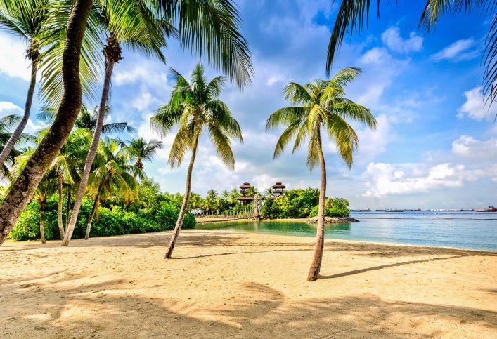 sentosa-island-beach-singapur-istock_57967782_xlarge-2