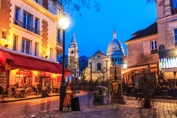 place-du-tertre-istock_000084261613_large-2