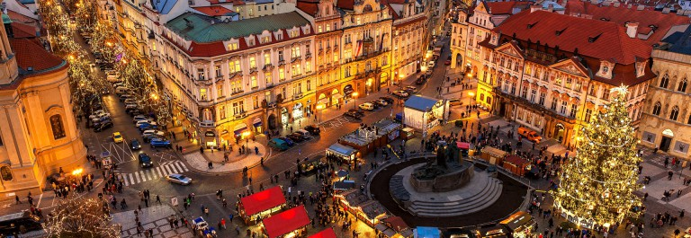 Prague-Christmas market winter_EDITORIAL ONLY Rostislav Glinsky_shutterstock_492447766