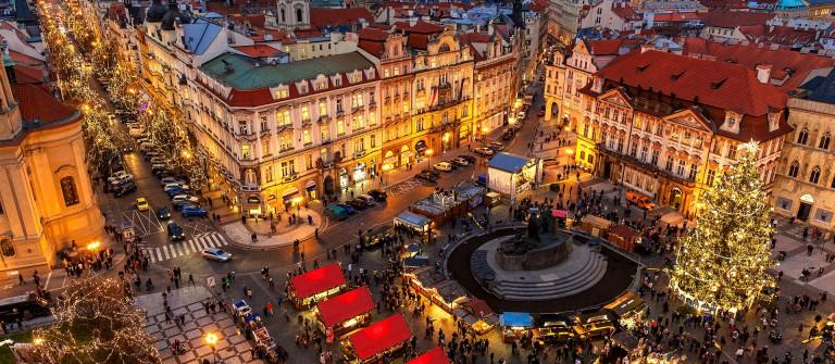 Prague-Christmas market winter_EDITORIAL ONLY Rostislav Glinsky_shutterstock_492447766