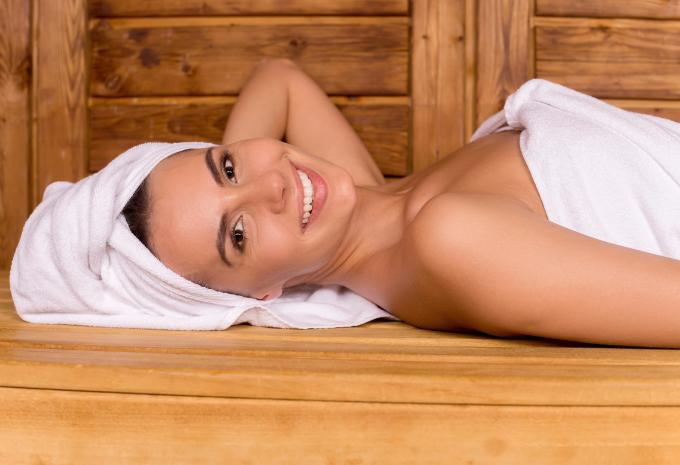 frau-sauna-istock-000031862688-full-hof_1481554672791-fix