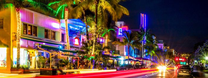 art-deco-hotels-miami-istock_000057072216_large-2-707×471