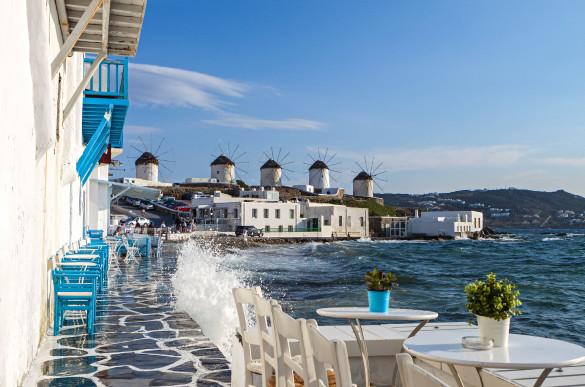 mykonos-island-in-greece-shutterstock_140738584-2-585×387