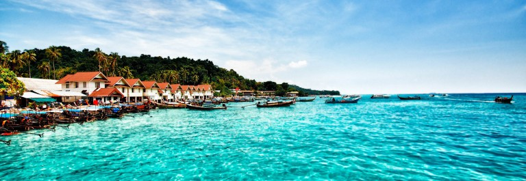 phuket-thailand-phi-phi-islands-istock_000021267610_large-2