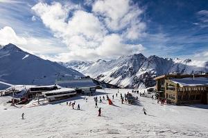 Reiseziele im Februar_Skiurlaub_Österreich_Ischgl
