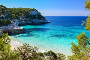 Reiseziele Juli_Badeurlaub_Balearen_Menorca
