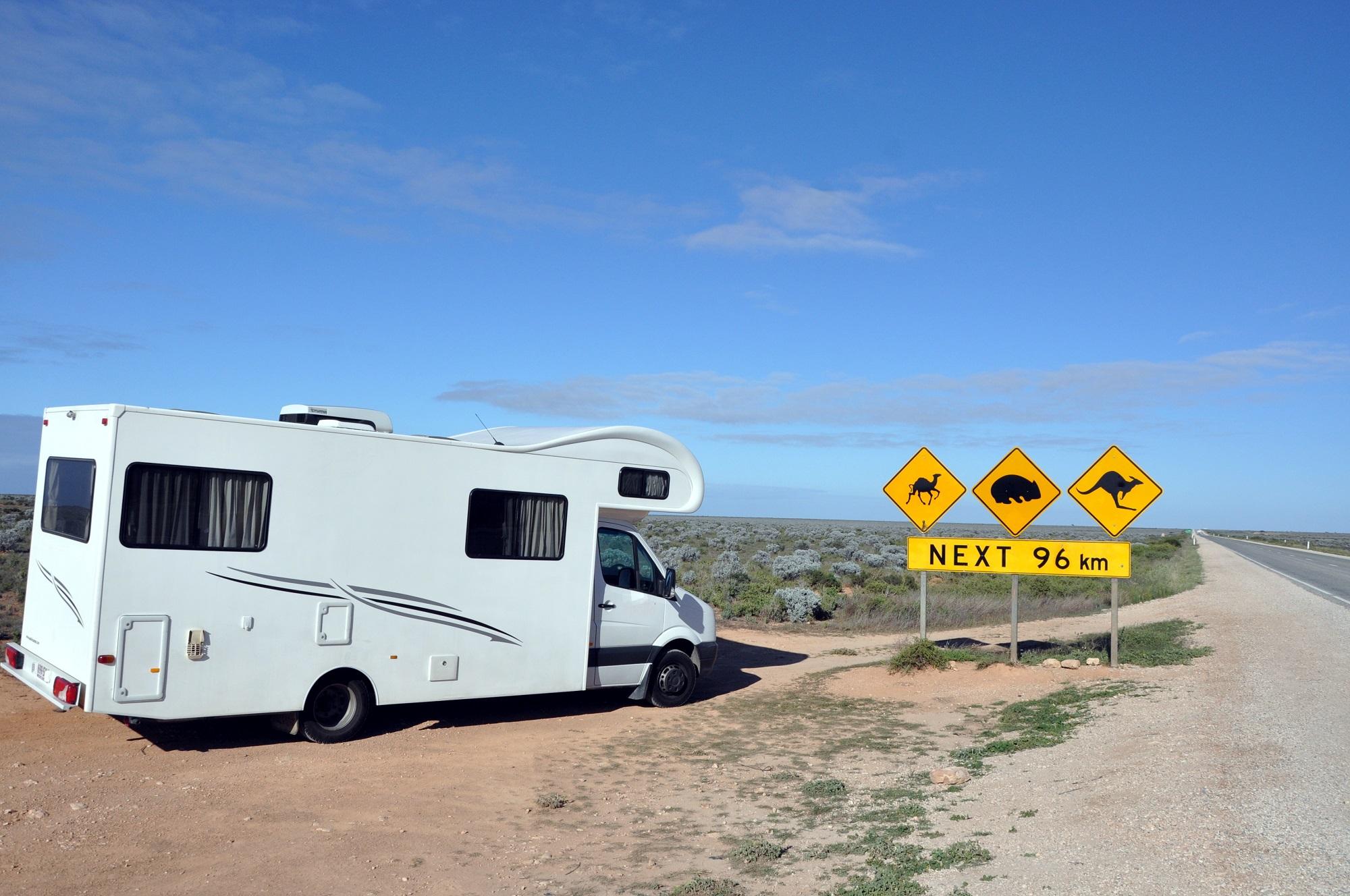 Campervan am Straßenrand, Australien Tipps