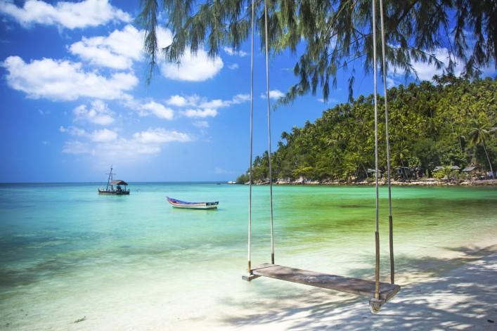 schaukel-kokosnuss-baum-phangan-island-istock_000042930632_large