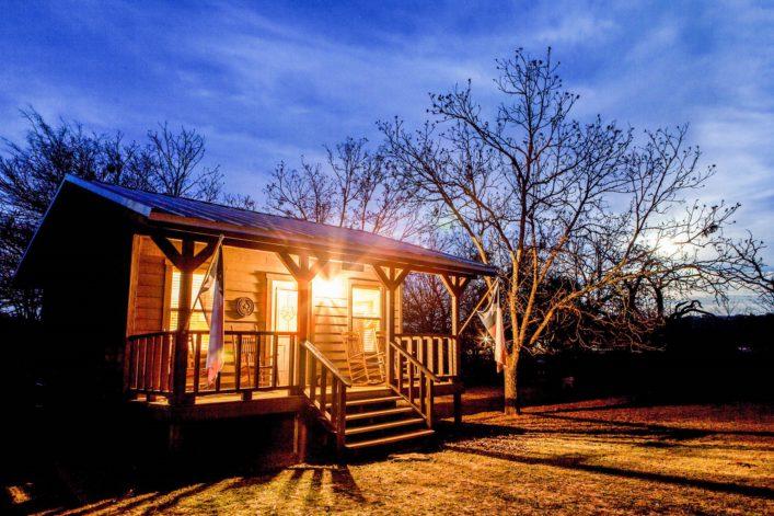 a-rural-cabin-near-bandera-texas-usa-shutterstock_140165671-2