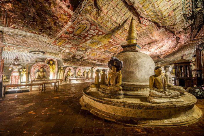 alte-cave-temple-in-dambulla-sri-lanka-istock_70271339_xlarge-2-1