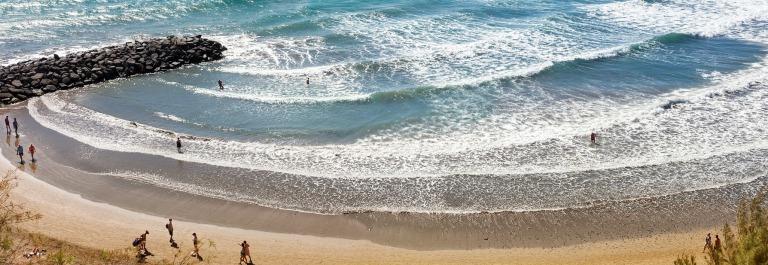 beach-of-playa-del-ingles.-maspalomas.-gran-canaria_shutterstock_312160937