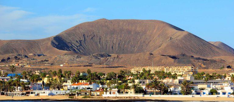 corralejo-fuerteventura-istock_000031733188_large-1