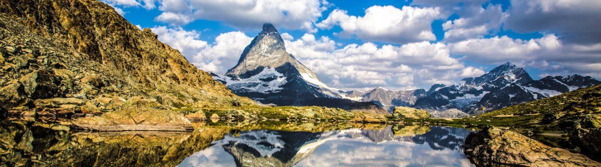 Swiss beauty, Riffelsee lake with Matterhorn mount reflexion shutterstock_299052143-2_1920