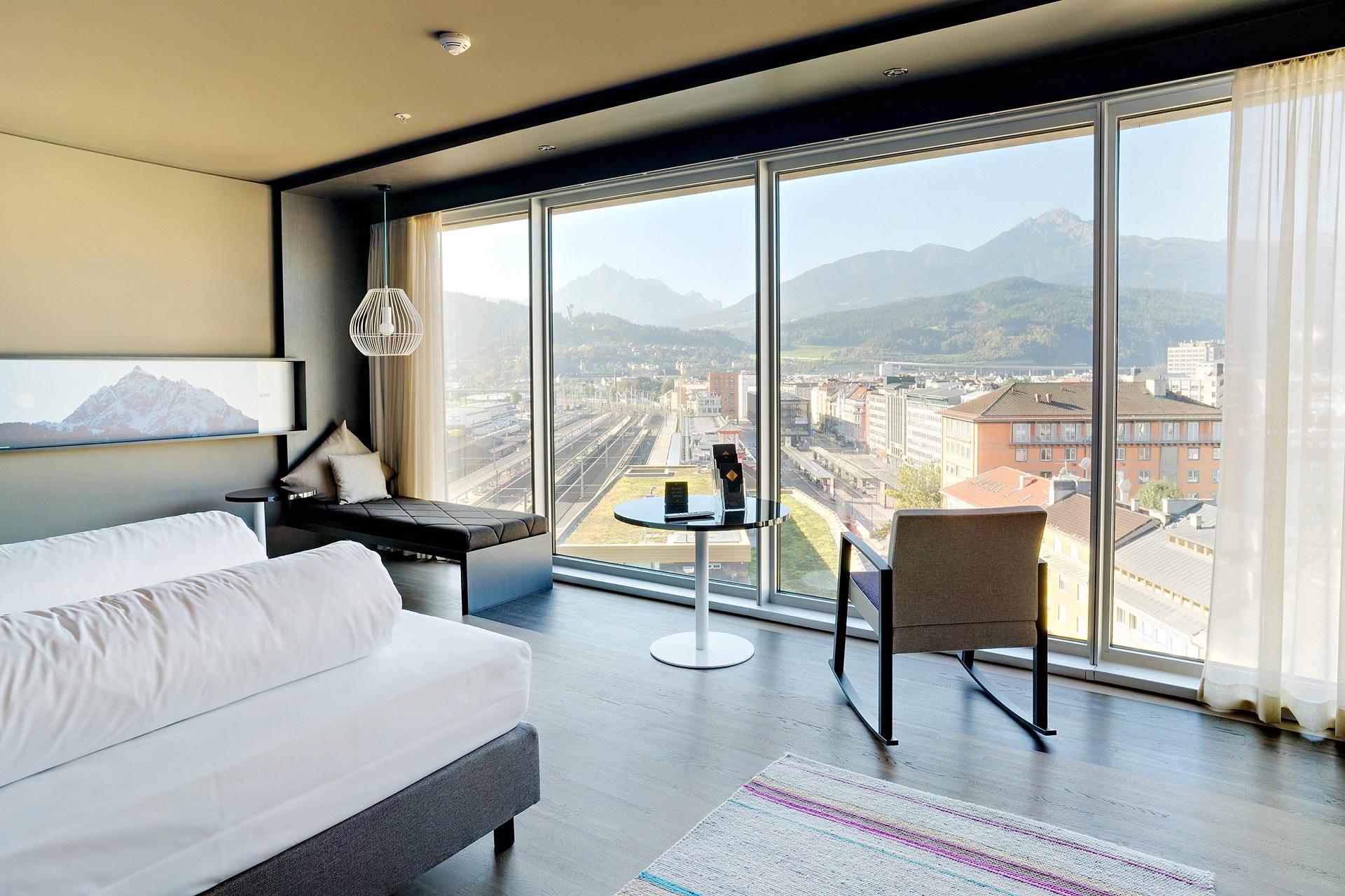 Adlers design hotel innsbruck for Hotel design tirol