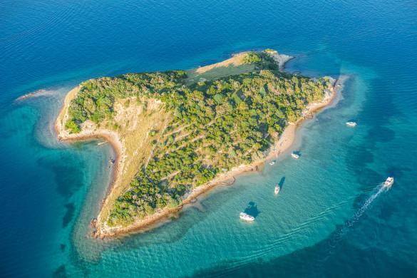 aerial-view-of-croatia-coast-line-rab-island-shutterstock_237879955-2-585×390