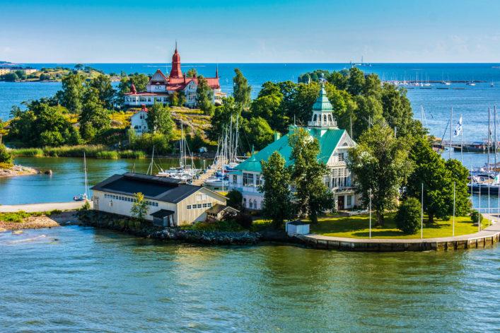 islands-near-helsinki-in-finland-istock_000091967069_large-2