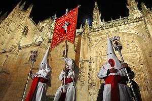 Reiseziele März_Events_Festivals_Procession Semana Santa_Salamanca