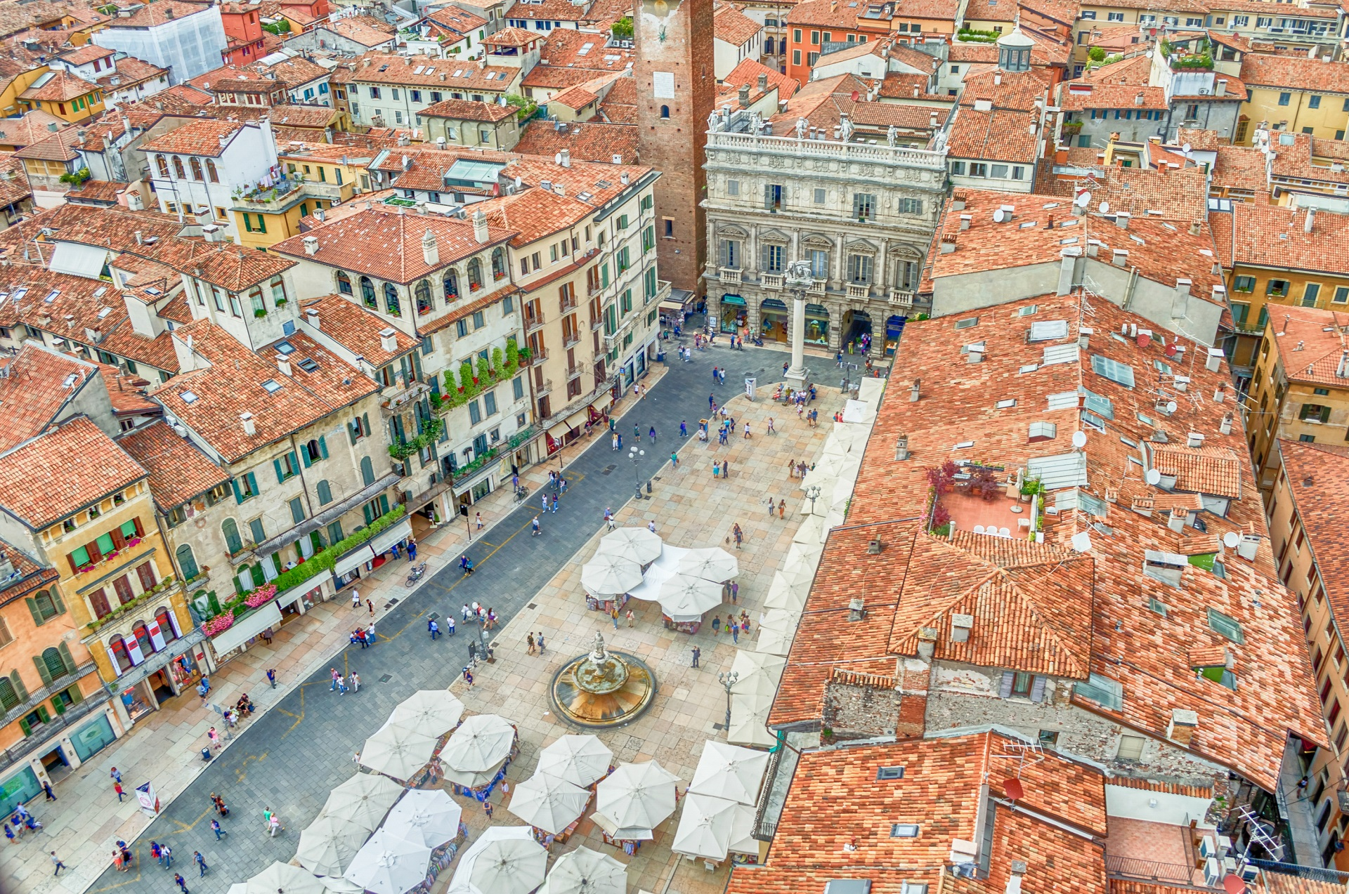 Blick auf die Piazza delle Erbe