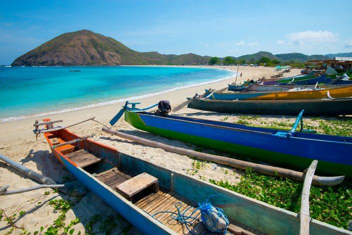 Ein Strand auf der indonesischen Insel Lombok