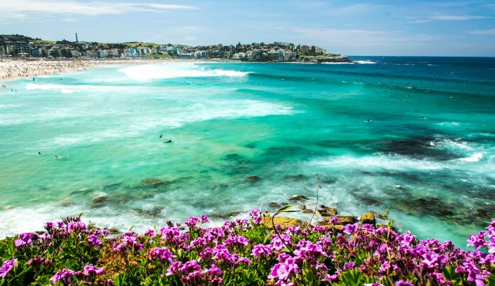 The-Strand-iStock_000076357449_Large-2