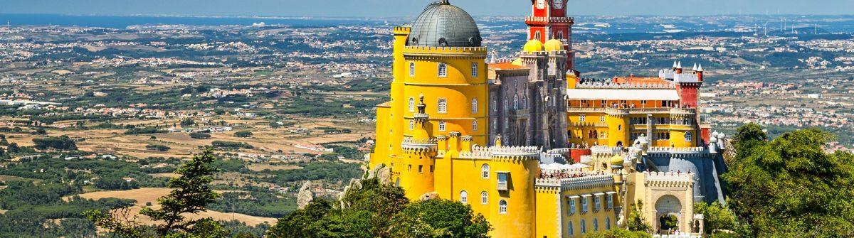 Sintra_castle_shutterstock_306705473-Copy