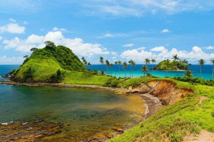 el-nido_philippinen-nacpan-beach-on-palawan-island-shutterstock_347411879
