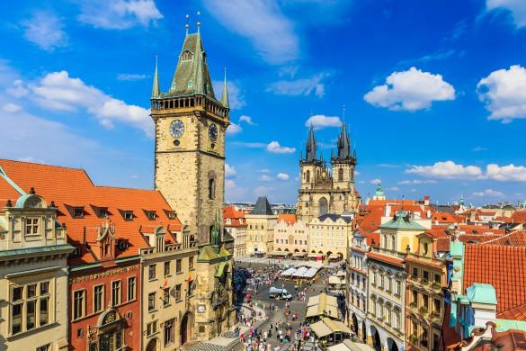 prag-tschechische-republik-istock_000052545148_large-2-585×390