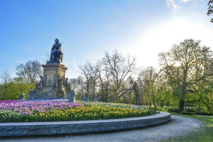 vondelpark-amsterdam-shutterstock_638015968