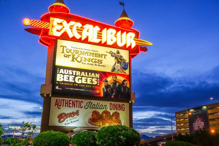 Beautiful-Excalibur-Hotel-and-Casino-in-Las-Vegas-shutterstock_678436855-EDITORIAL-ONLY-4kclips