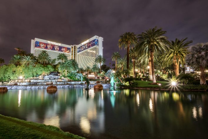Mirage-Hotel-Casino-at-Night-iStock-656441222-EDITORIAL-ONLY-diegograndi