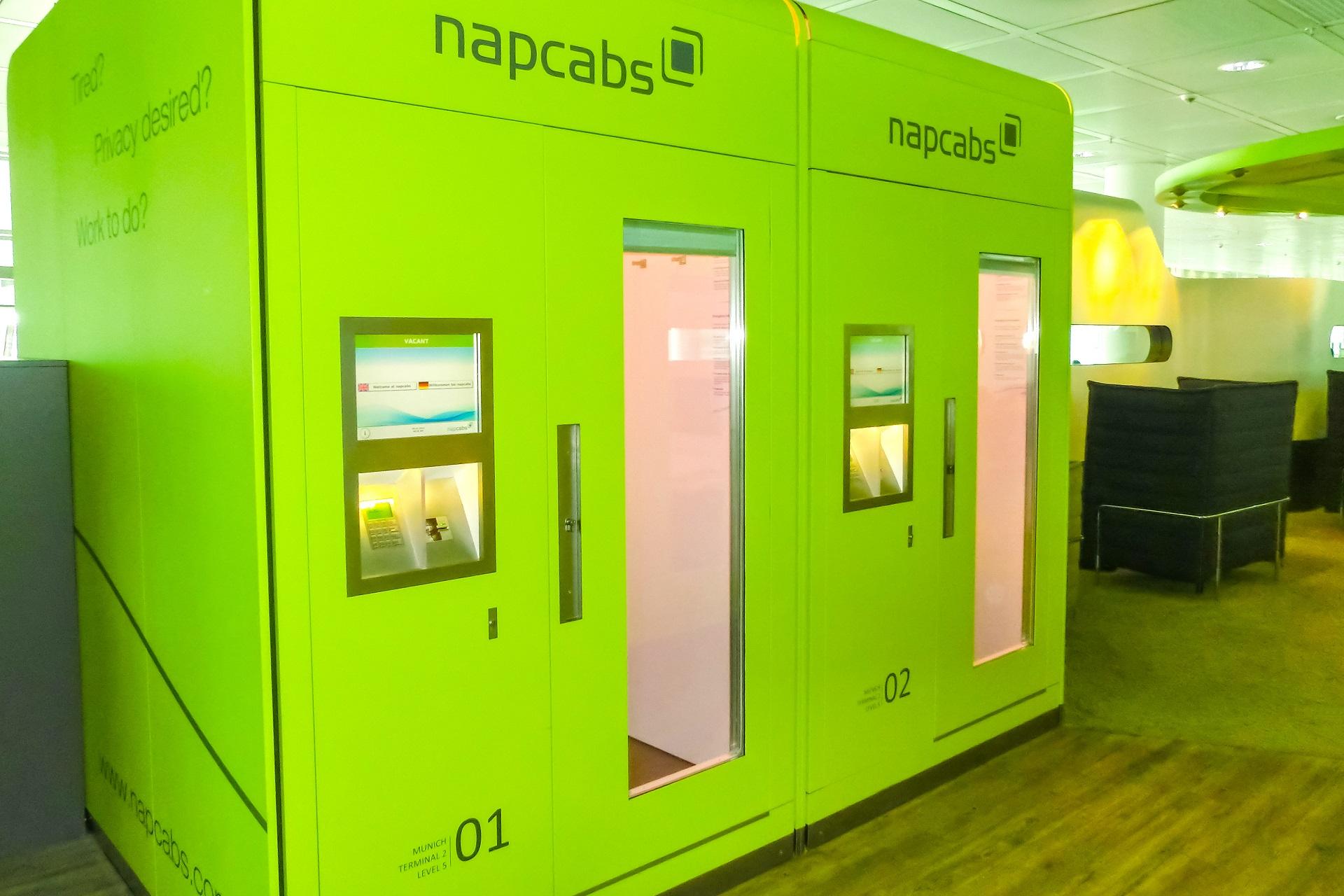 Schlafen am Flughafen Tipps, Napcab in München, Schlafbox