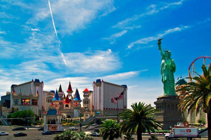 The-Excalibur-Hotel-&-Casino-shutterstock_24129073-EDITORIAL-ONLY-DeltaOFF