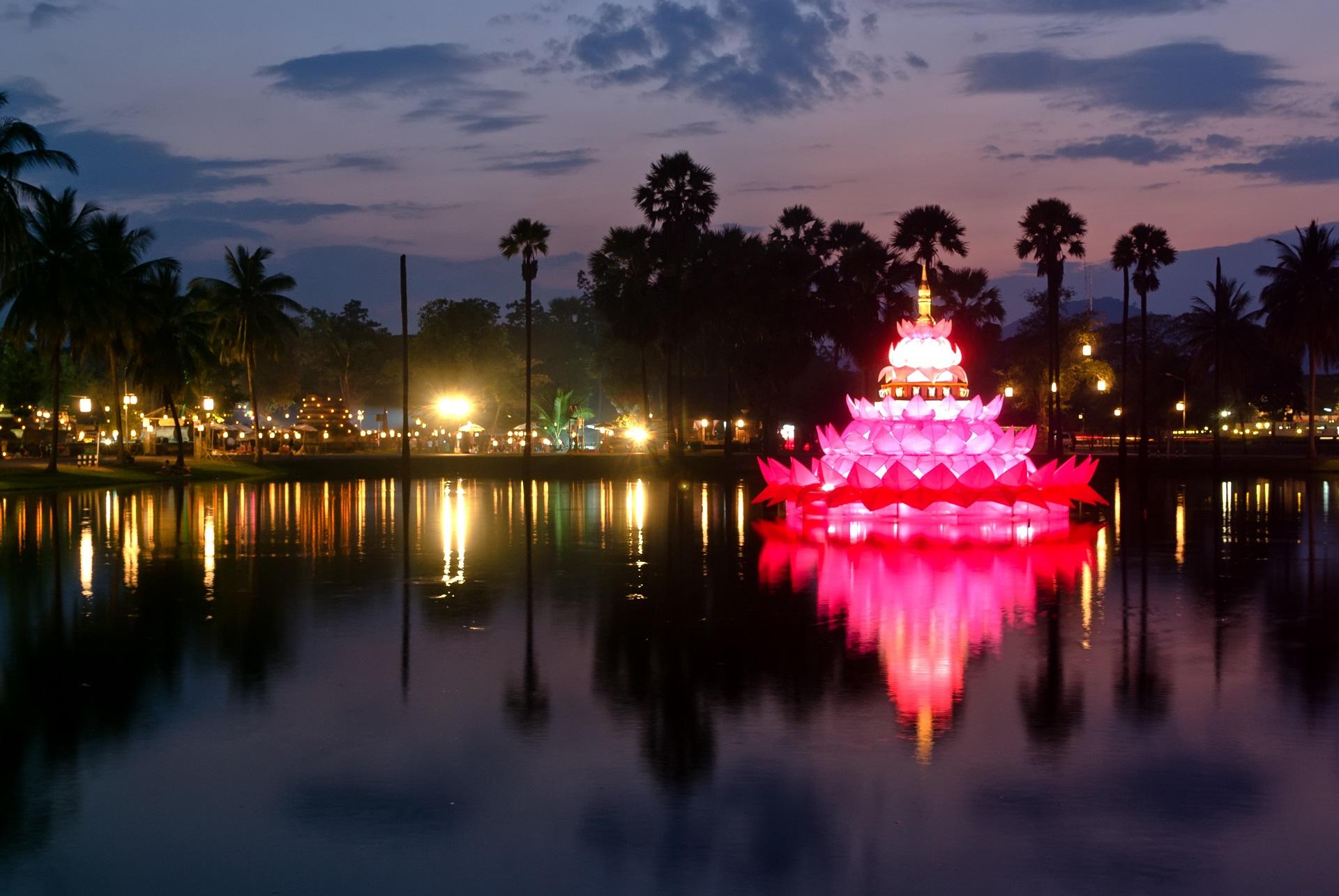 Sukhothai, Loy Krathong, Lichterfest in Thailand