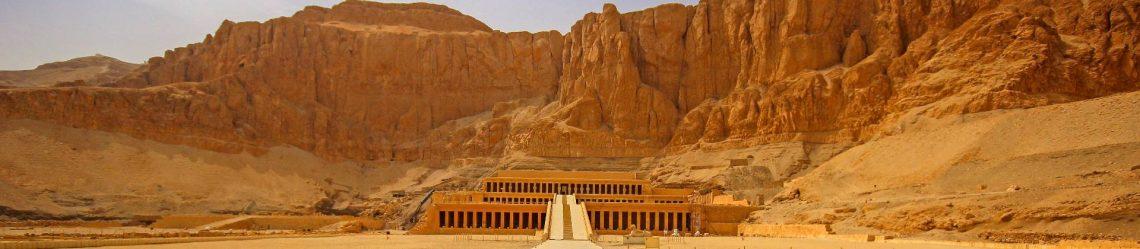 Der-Tempel-der-Hatschepsut-in-der-Nähe-von-Luxor-Ägypten-iStock-523628106-2