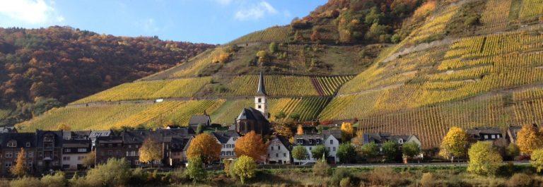 Kirche Bremm-min