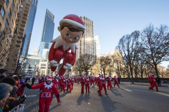 Thanksgiving-Day-Parade-in-NYC-EDITORIAL-ONLY-dapoopta-iStock-472044875