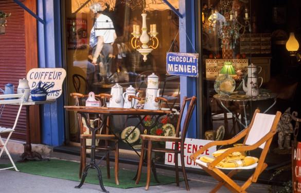 Puces De St-Ouen Paris flea market