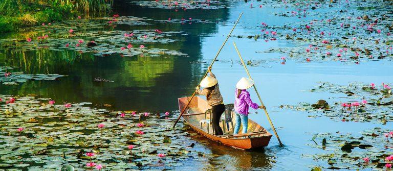 yen-stream-on-the-way-to-huong-pagoda-in-autumn-hanoi-vietnam-shutterstock_338745998-2