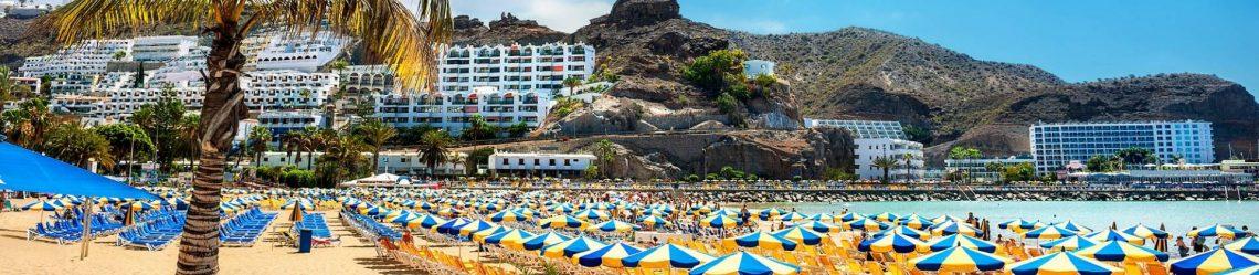 Canary-resort-Puerto-Ricos-beach-iStock_71199925