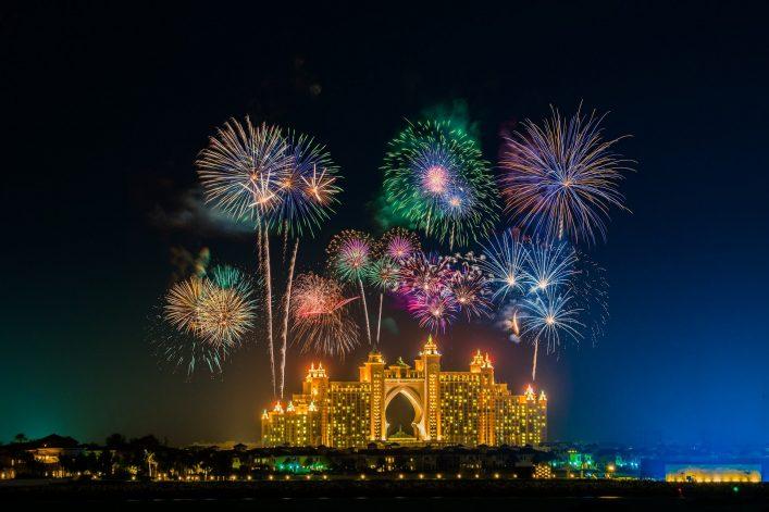 Silvester-in-Dubai-EDITORIAL-ONLY-Pajor-Pawel-shutterstock_774412855