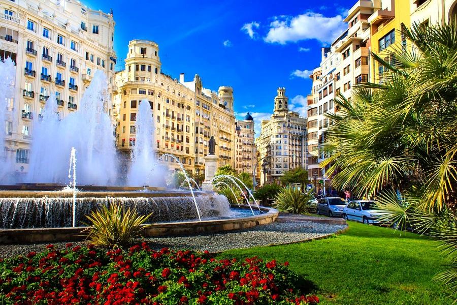 Die Stadt Valencia ist wunderschön.
