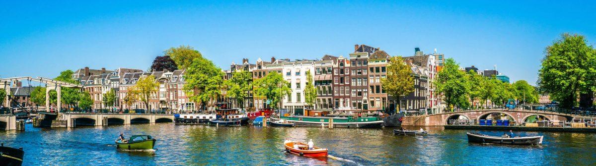 Amsterdam-Panorama-iStock-962625080