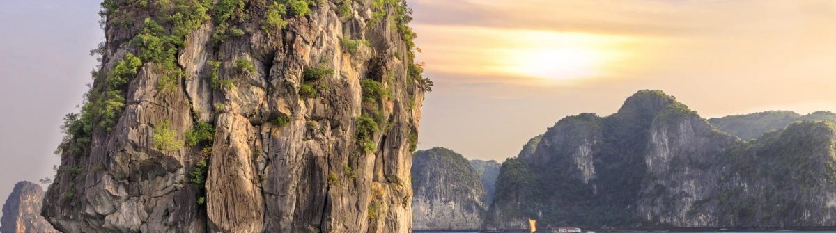 Halong-Bay-Vietnam-shutterstock_257155450-1