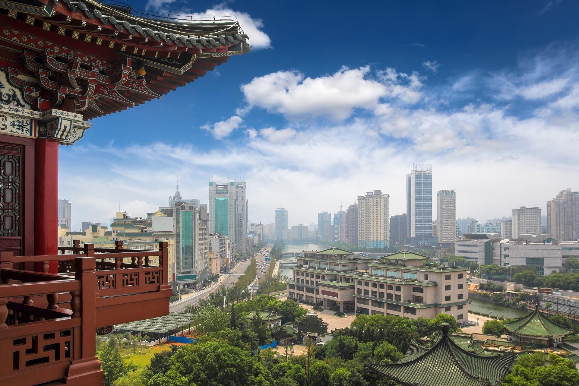 Blick aus dem Tengwang Pavilion in Nanchang, China.