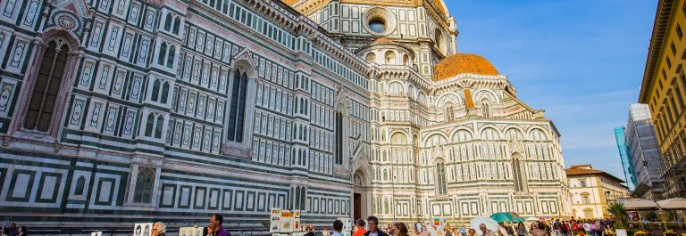 Piazza-della-Signoria-is-an-L-shaped-square-in-front-of-the-Palazzo-Vecchio-in-Florence-Italy.-EDITORIAL-ONLY-Nattee-Chalermtiragool-shutterstock_323491907