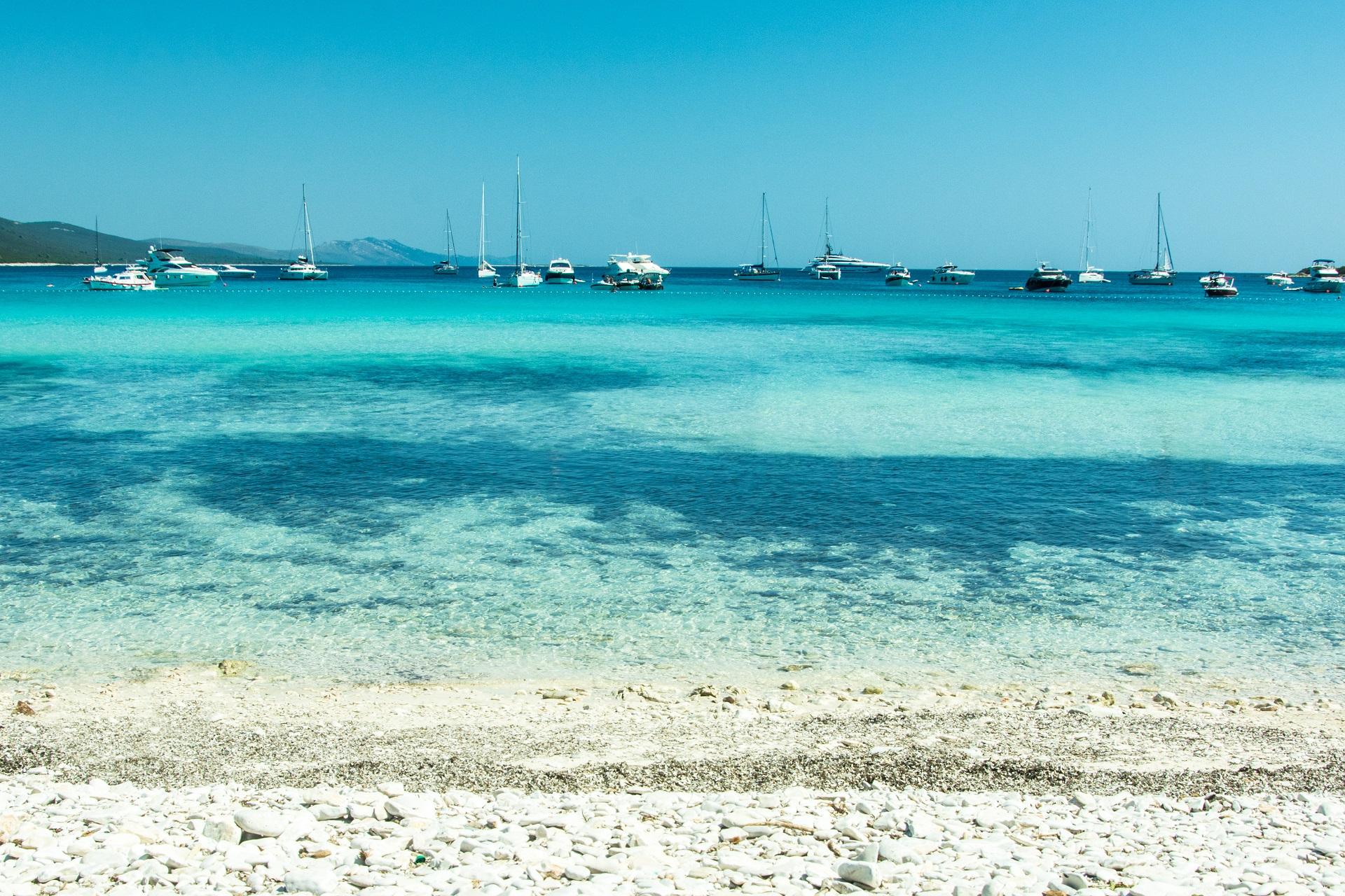 Der Strand Sakarun auf Dugi Otok